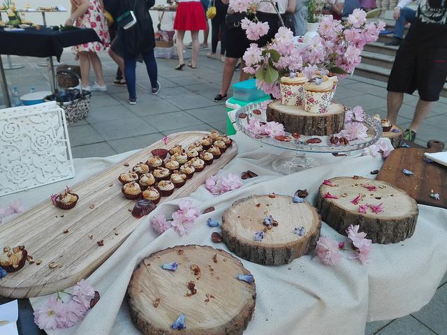 Prázné tácy s muffiny na konci soutěže. Autor: Vojtěch Labuda
