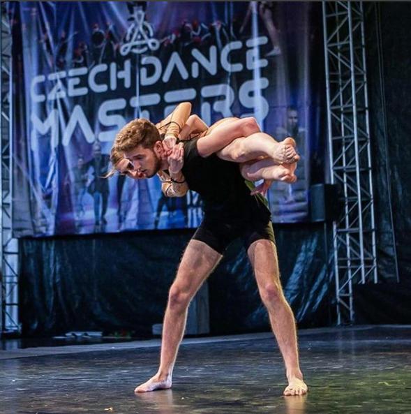 Vilém Vidras s taneční partnerkou na soutěži. Autor: Ze soukromé sbírky Vilemá Vidrase